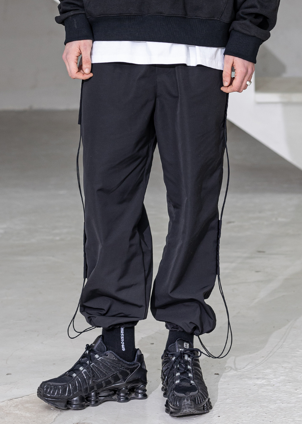 SIDE TAP STRING TRACK PANTS MSZTP004-BK